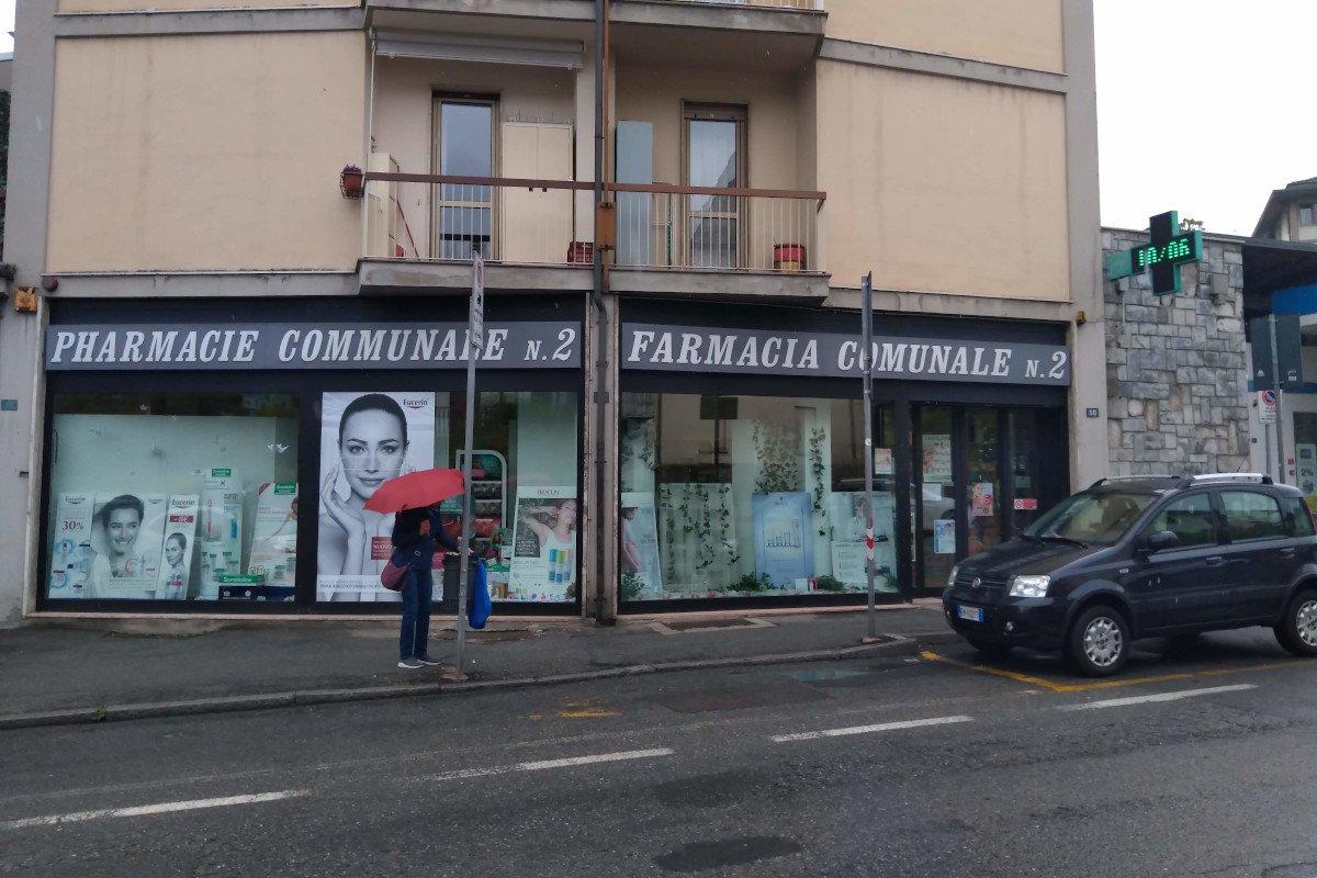 Arrestato dalla Squadra Mobile un 22enne di Aosta, accusato di essere il rapinatore della farmacia comunale