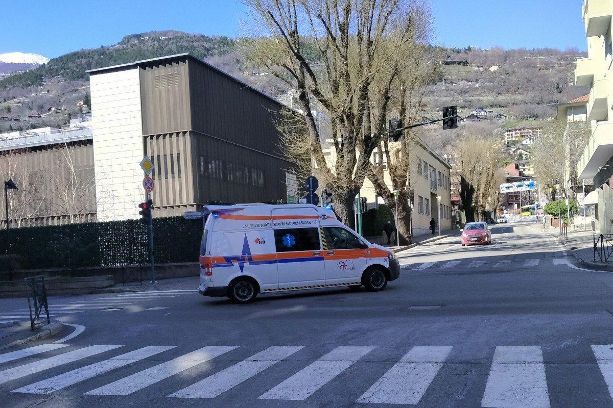 """Otto pazienti positivi al """"coronavirus"""" in Valle d'Aosta: in quarantena ci sono 57 persone in nove diverse località"""