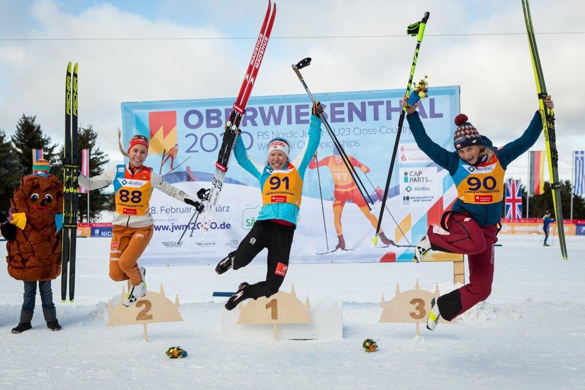 Il podio della gara individuale femminile, con Lisa Lohmann, Hélène Marie Fossesholm ed Izabela Marcisz
