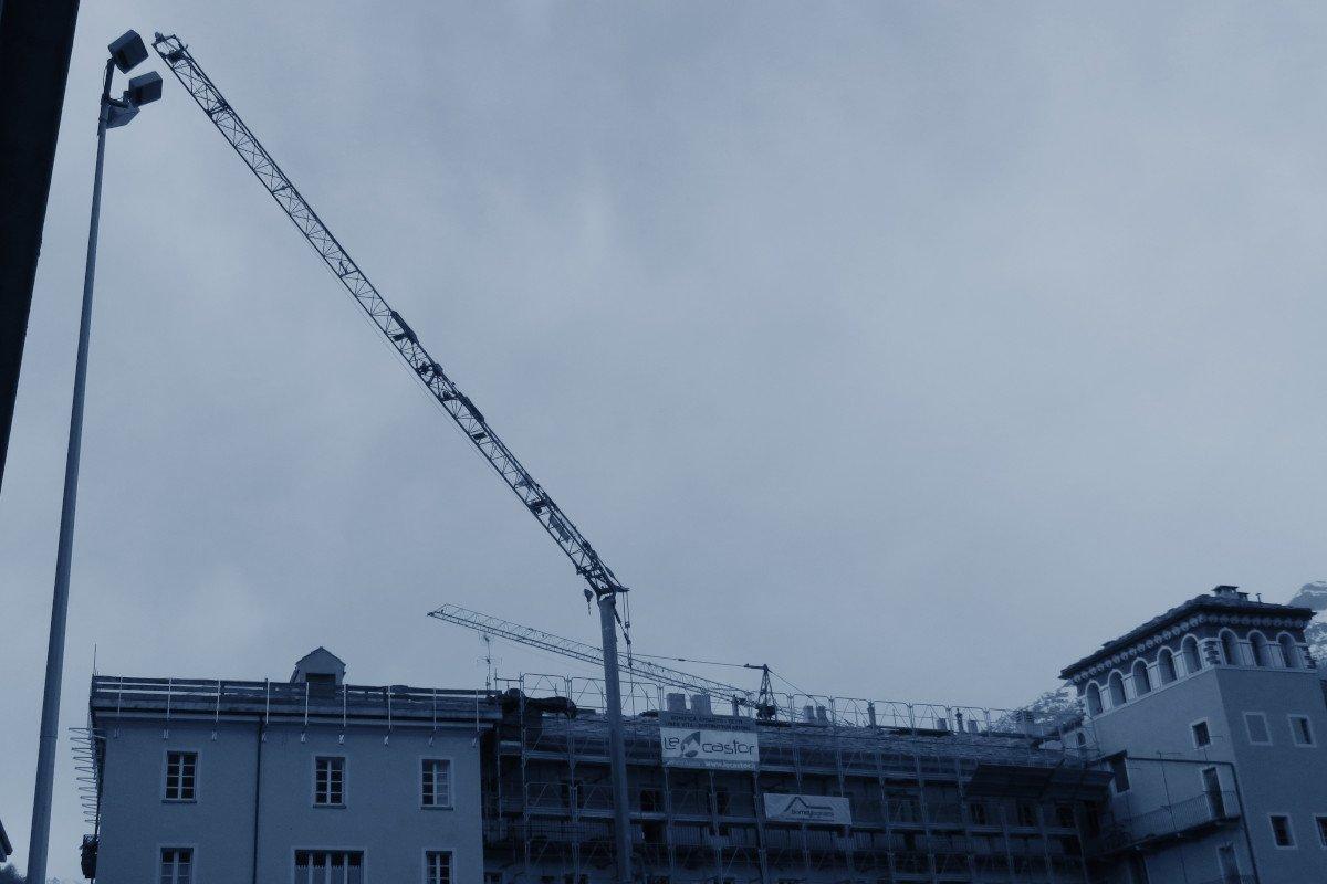 """La """"Filca Cisl"""" lamenta 40 milioni di lavori pubblici in meno rispetto al previsto e chiede investimenti e regole condivise contro la crisi del settore edile"""