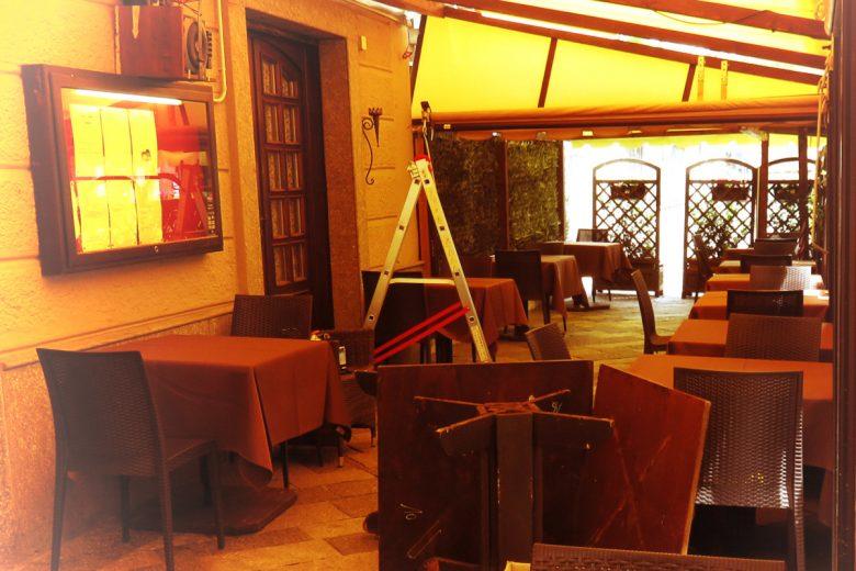 Lavori in corso in dehors nel centro di Aosta