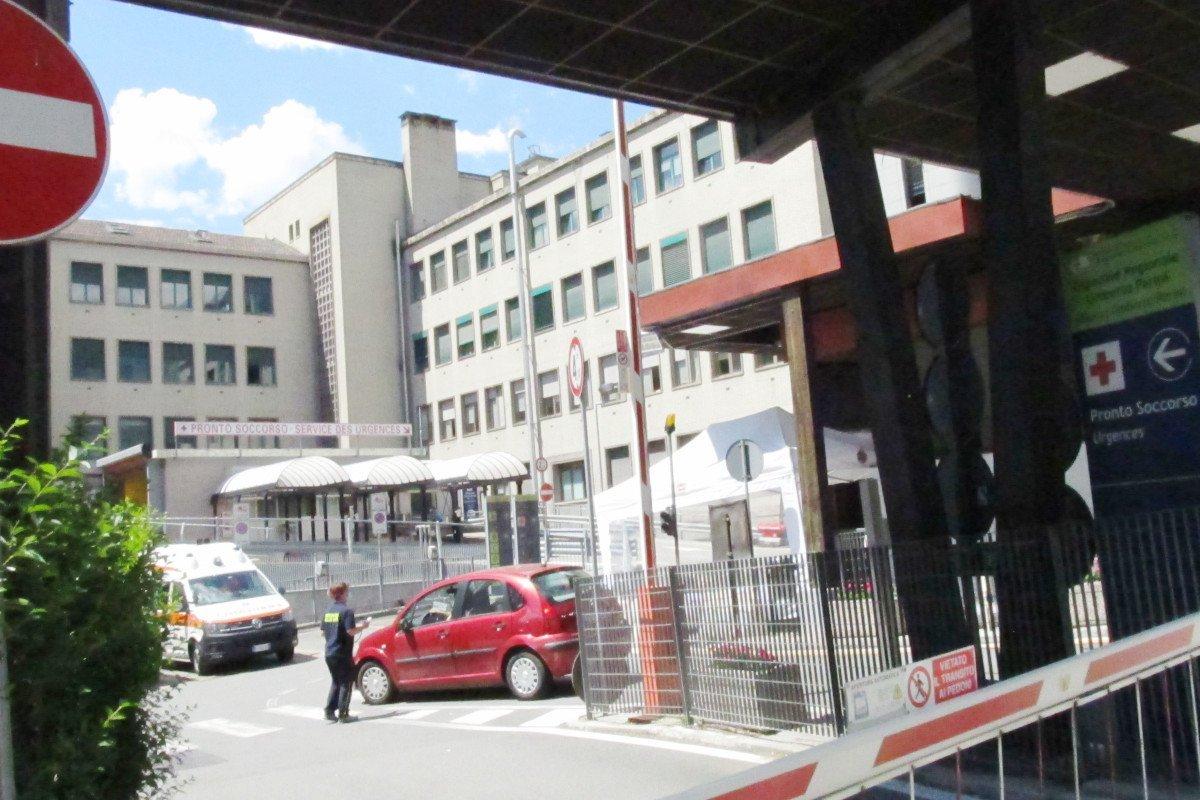 """In Valle d'Aosta una settimana senza decessi da """"covid-19"""": domenica 24 maggio superata la barriera psicologica dei mille guariti. R(t) a 0,6"""