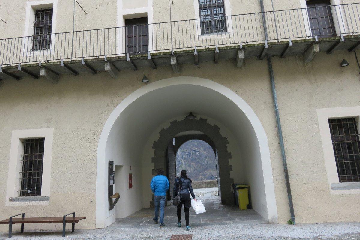 """Venerdì 22 maggio riapre il Forte di Bard con il solo accesso pedonale. Prorogata al 24 giugno la mostra """"Capolavori Johannesburg Art Gallery"""""""