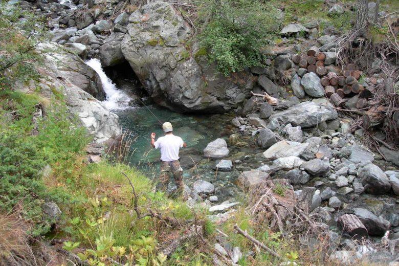 Un momento di pesca in Valle d'Aosta