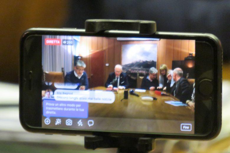 Una conferenza stampa della Giunta regionale trasmessa in diretta