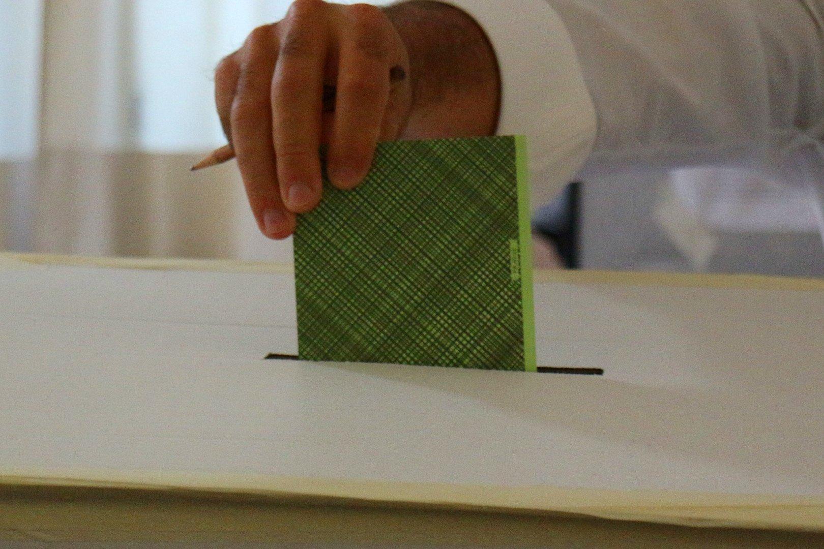 La Lega vince le elezioni regionali con quasi il 24 per cento dei voti: tiene l'UV e torna il PD. Crollo per il M5S