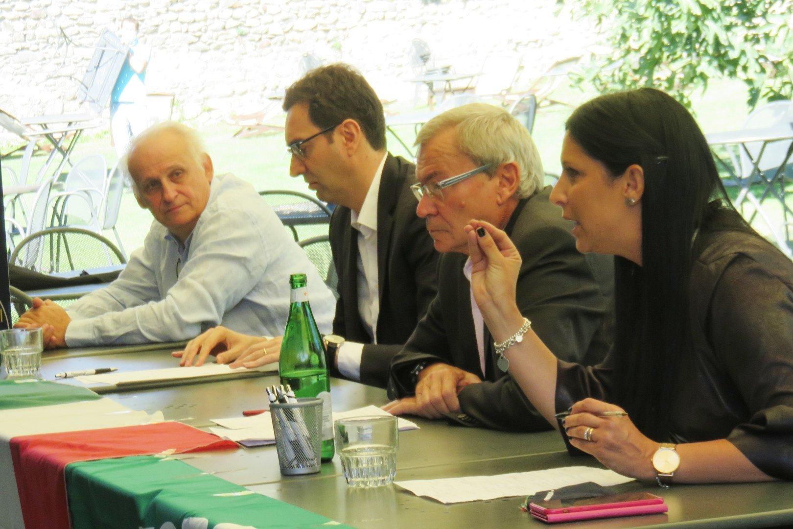 Paolo Laurencet con Renato Favre, tra Alberto Zucchi ed Emily Rini