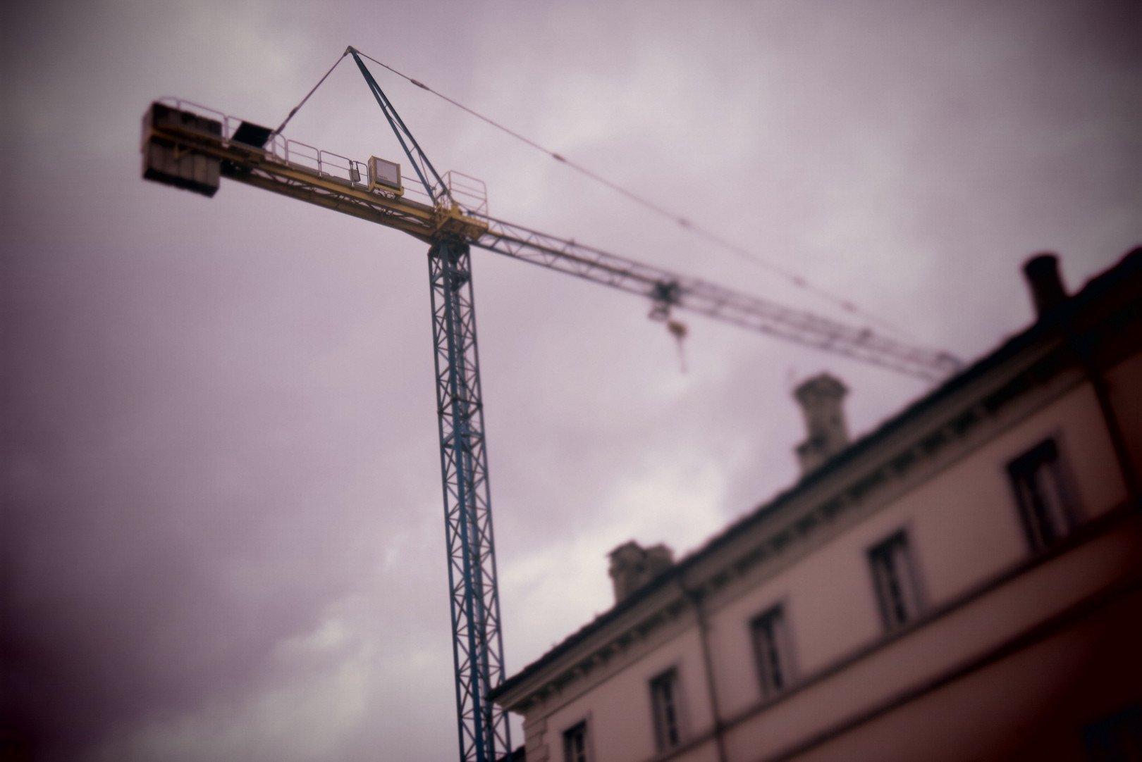 Approvate dalla Giunta regionale le modalità di applicazione delle tolleranze edilizie: «ampliata la casistica dei fabbricati legittimi» evidenzia Carlo Marzi