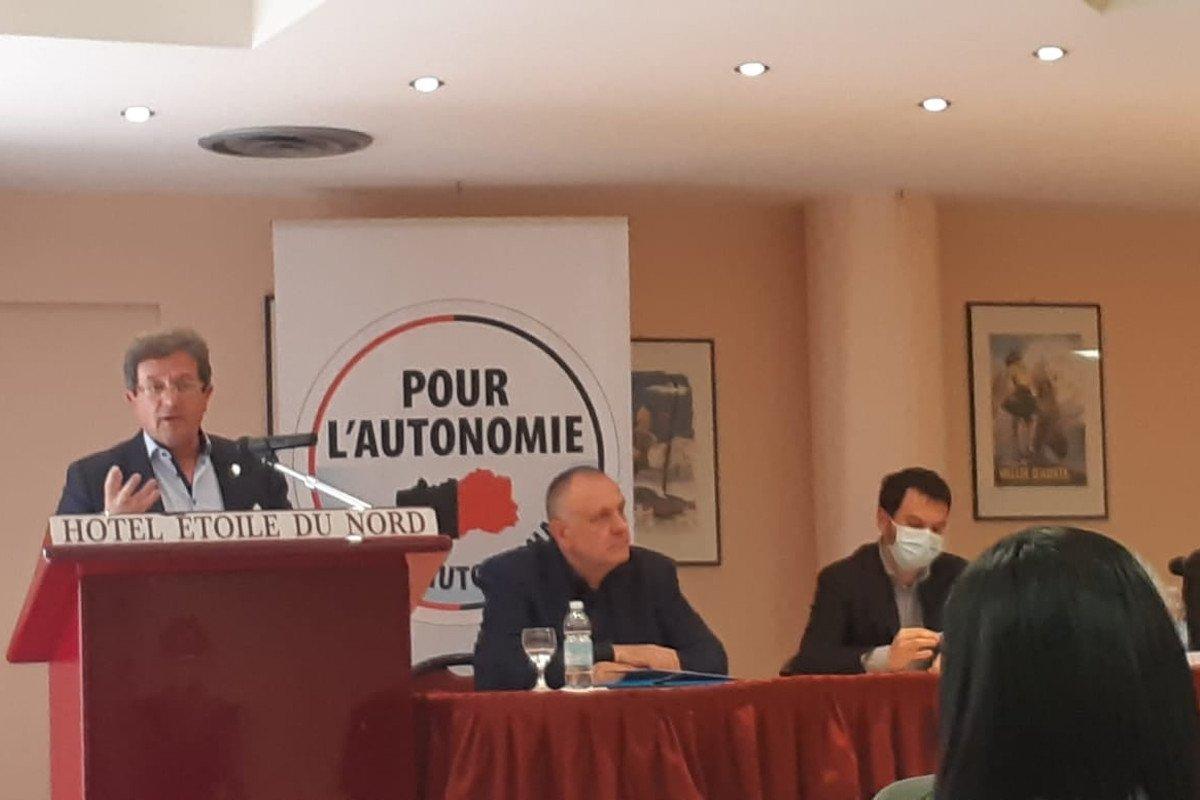 Mauro Baccega durante il suo intervento