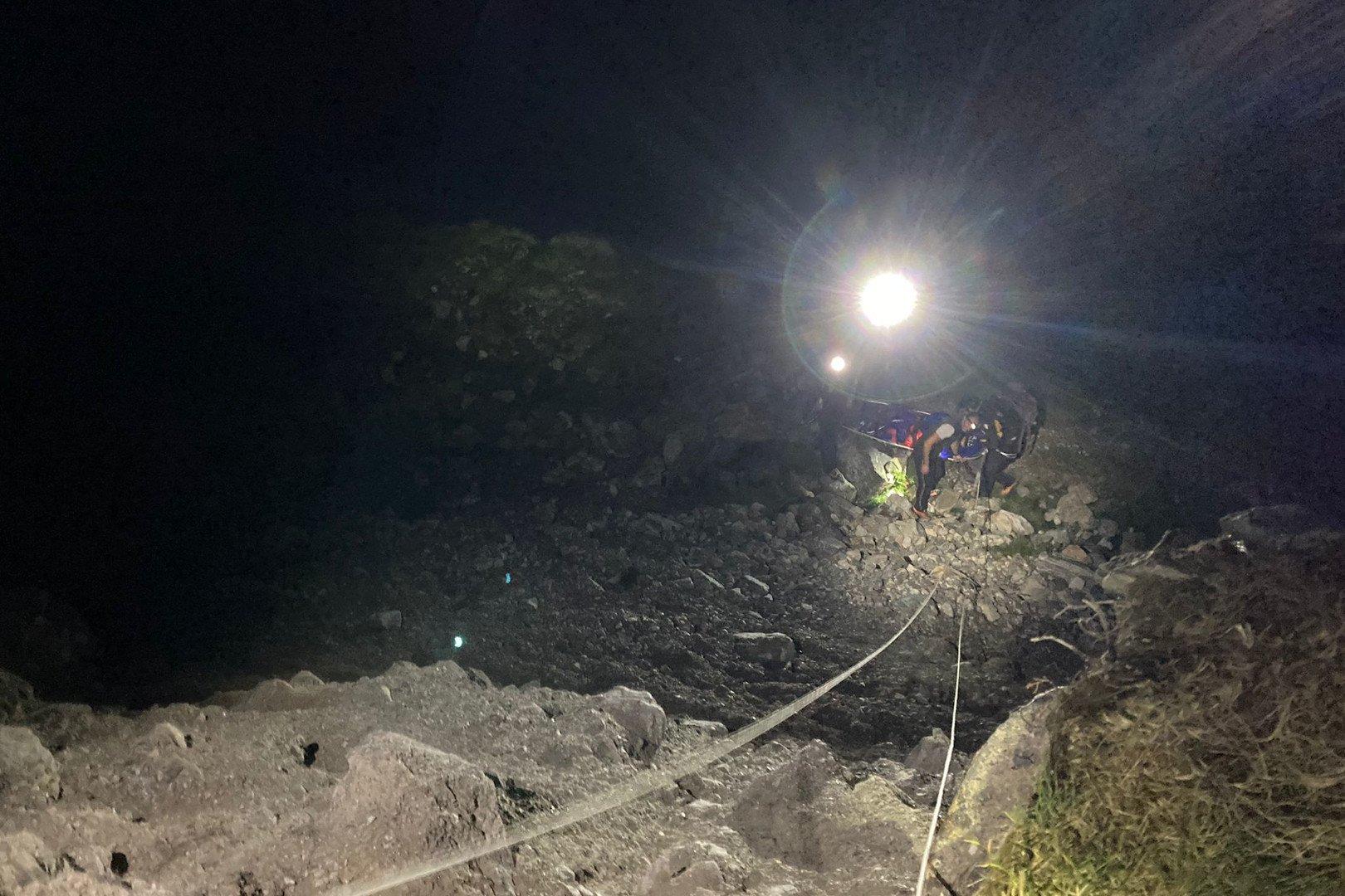Recuperato sul Monte Bianco un alpinista tedesco in difficoltà: aveva chiamato i familiari, che hanno poi avvisato gli amici italiani i quali hanno attivato i soccorsi