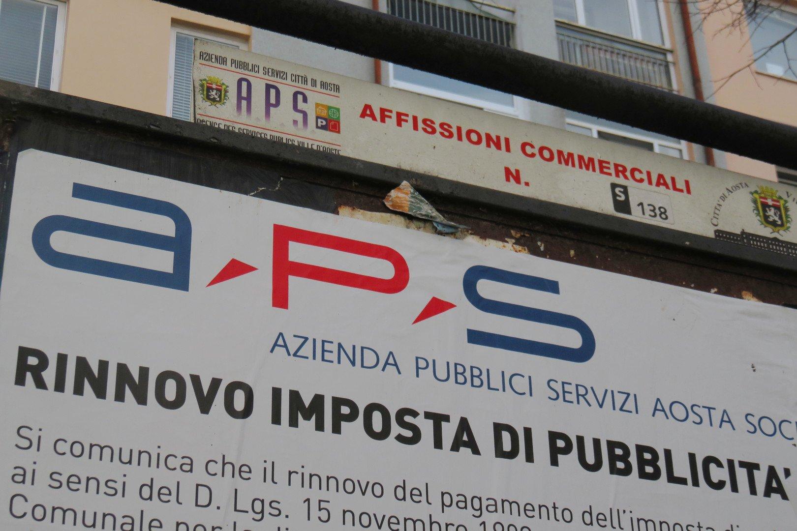 Il dettaglio di un impianto di affissione di Aps