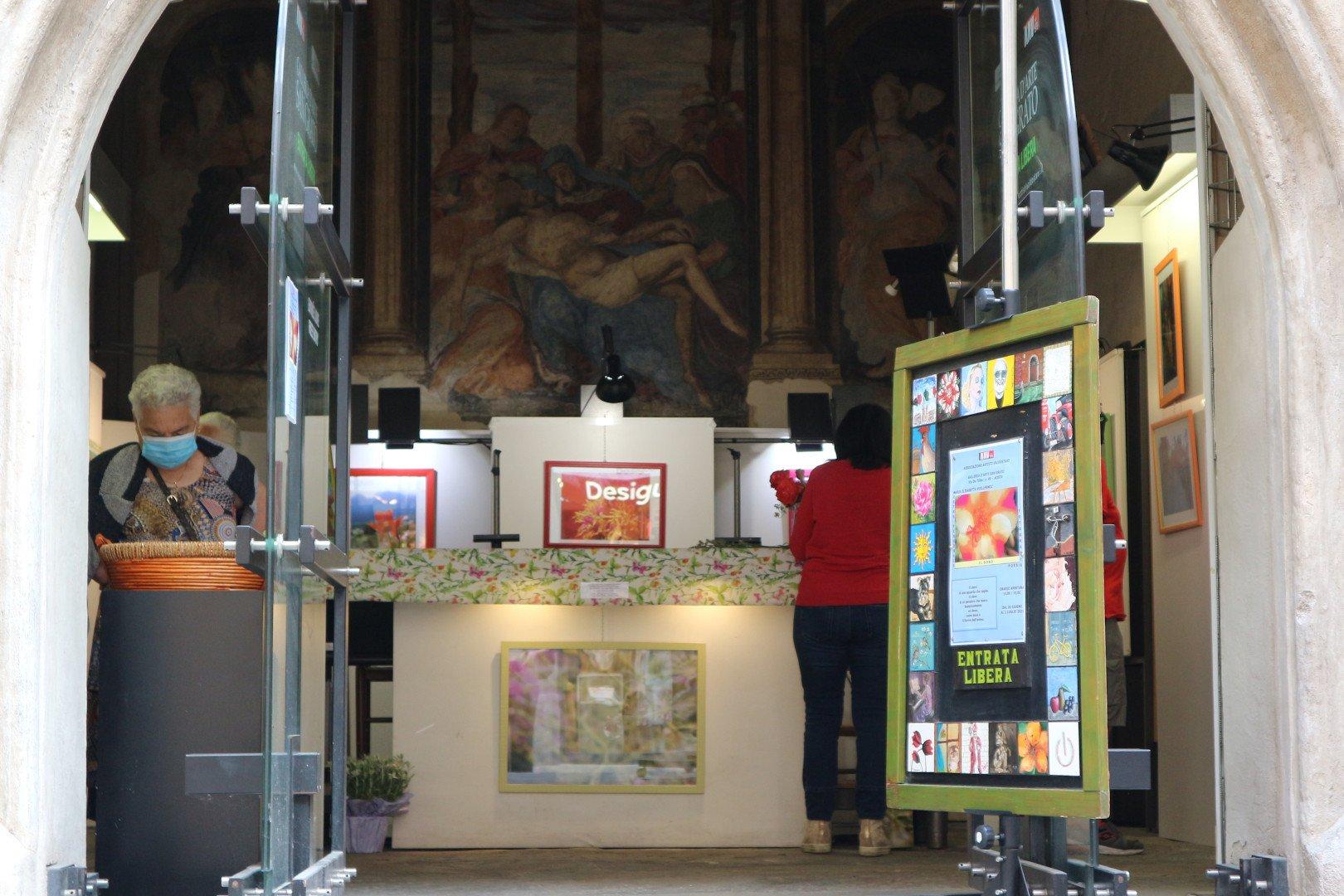 La ripartenza anche nelle opere degli artisti che, a giugno e a luglio, espongono alla Galleria San Grato di Aosta